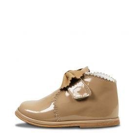 Bow Boots Natural Patent